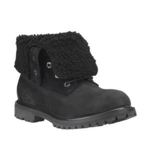 Timberland Teddy Fleece Boots Women (Size 7)